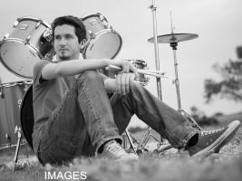 Noah Bates Senior Photos by Tim Girton